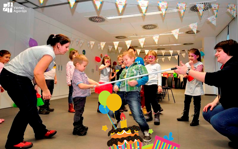 születésnapi zsúr gyerekeknek Születésnapi zsúrok az Agorában – A Vértes Agoraja születésnapi zsúr gyerekeknek